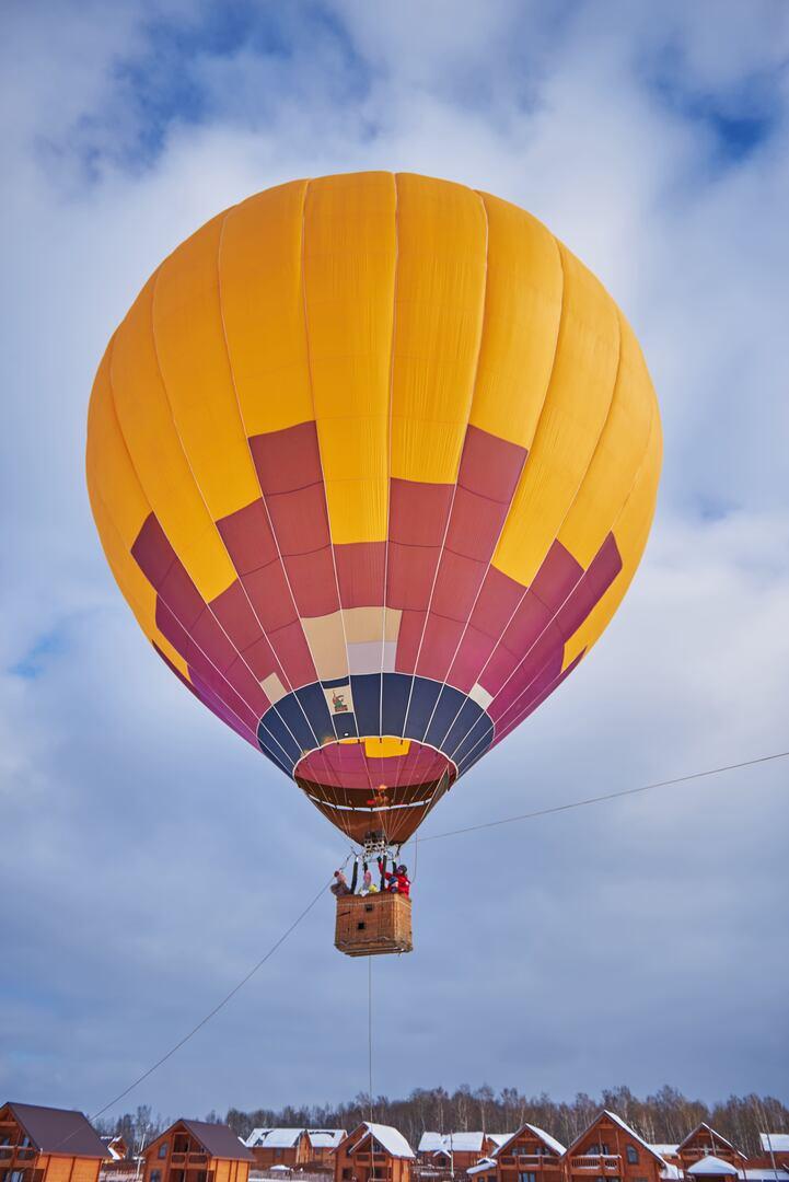 Картинки на большом воздушном шаре